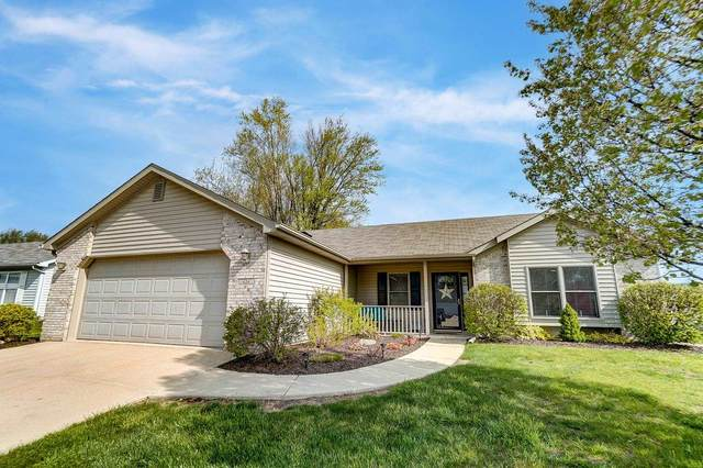 634 Buck Trail, Warsaw, IN 46582 (MLS #202114920) :: The Dauby Team