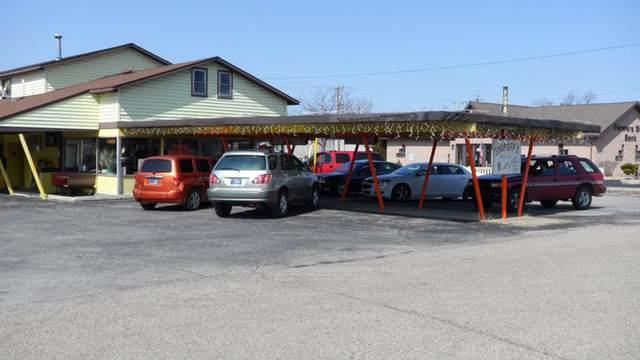 417 S Huntington Street, Syracuse, IN 46567 (MLS #202115168) :: TEAM Tamara