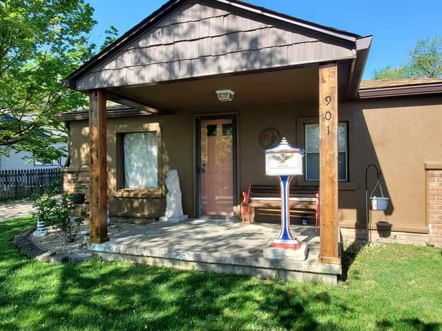 901 N Maple Street, Bloomington, IN 47404 (MLS #202115241) :: The ORR Home Selling Team
