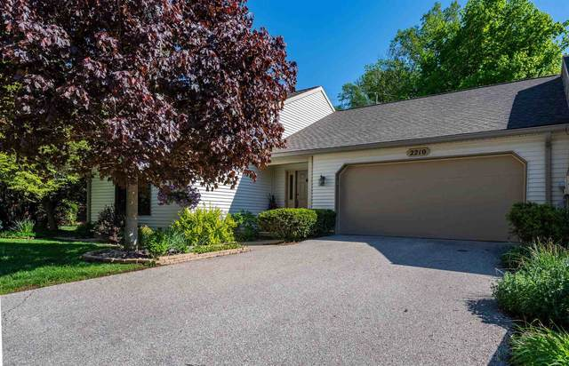 2210 E Cape Cod Drive, Bloomington, IN 47401 (MLS #202115342) :: The ORR Home Selling Team
