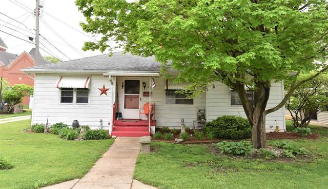 102 S Polk Avenue, Fowler, IN 47944 (MLS #202115605) :: Aimee Ness Realty Group