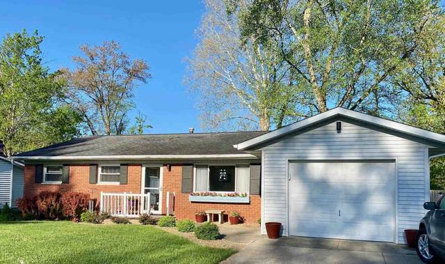 2870 S Brookside Drive, Bloomington, IN 47401 (MLS #202115610) :: The ORR Home Selling Team