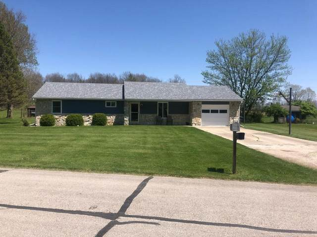 615 N Gillcrest Drive, Albany, IN 47320 (MLS #202115665) :: The ORR Home Selling Team