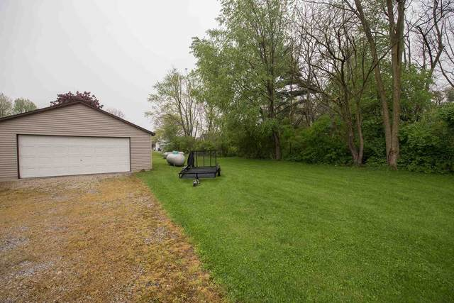 12 Matthew Drive, Rossville, IN 46065 (MLS #202115717) :: Aimee Ness Realty Group