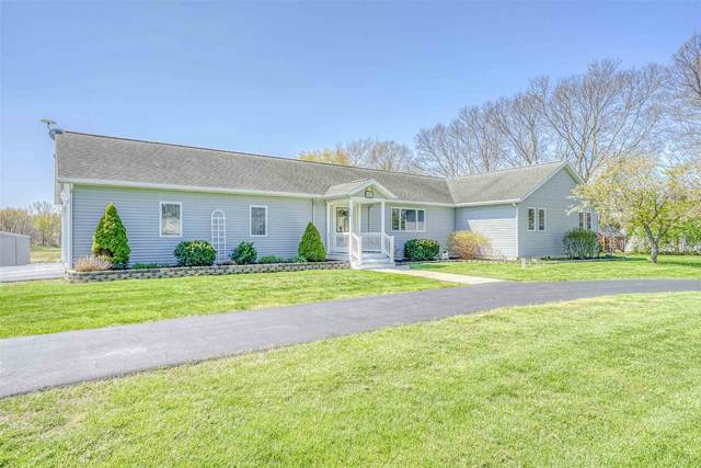 511 E Armstrong Road, Leesburg, IN 46538 (MLS #202116031) :: Parker Team