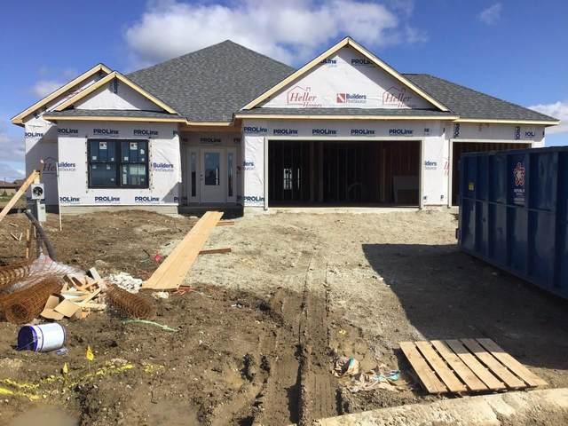 12190 Fazio Drive, Fort Wayne, IN 46818 (MLS #202116329) :: Hoosier Heartland Team | RE/MAX Crossroads