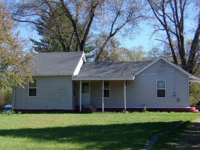 20937 8th Road, Plymouth, IN 46563 (MLS #202116339) :: Aimee Ness Realty Group