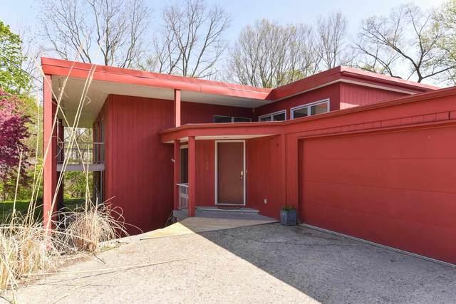 132 Seneca Lane, West Lafayette, IN 47906 (MLS #202116374) :: Aimee Ness Realty Group