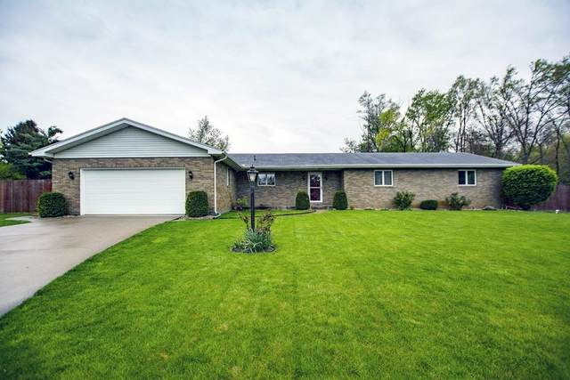 26266 Swallow Court, South Bend, IN 46619 (MLS #202116384) :: The Dauby Team