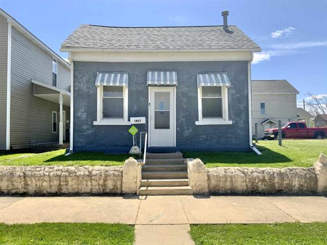 1407 Wright Street, Logansport, IN 46947 (MLS #202116441) :: Aimee Ness Realty Group
