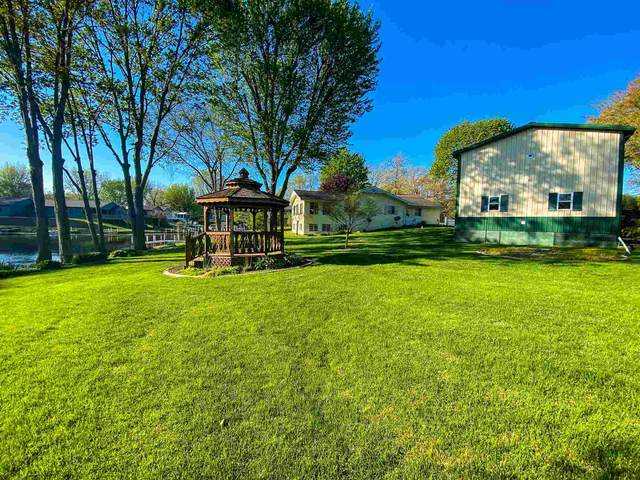 204 Ems D17 Lane, Syracuse, IN 46567 (MLS #202116455) :: Aimee Ness Realty Group
