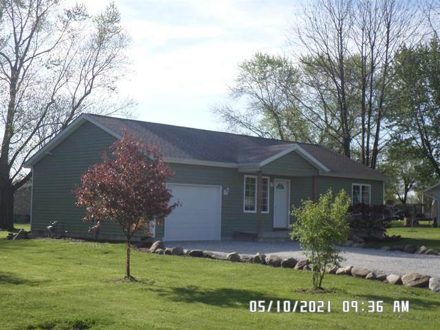 911 Columbia Avenue, Alexandria, IN 46001 (MLS #202116611) :: The ORR Home Selling Team