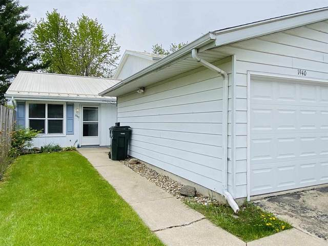 1940 Greenock Street, South Bend, IN 46614 (MLS #202116635) :: Aimee Ness Realty Group