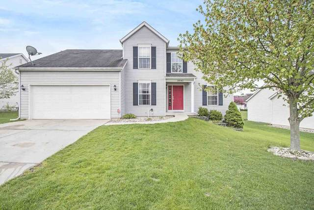 18040 Farmington Hills Drive, South Bend, IN 46637 (MLS #202116747) :: Aimee Ness Realty Group