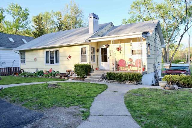707 East Street, North Manchester, IN 46962 (MLS #202116856) :: The Carole King Team