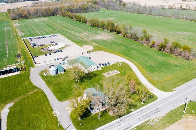 21825 County Road 38, Goshen, IN 46526 (MLS #202116930) :: Aimee Ness Realty Group