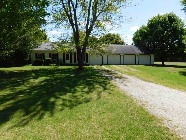8895 E 500 North, North Webster, IN 46555 (MLS #202117271) :: Anthony REALTORS