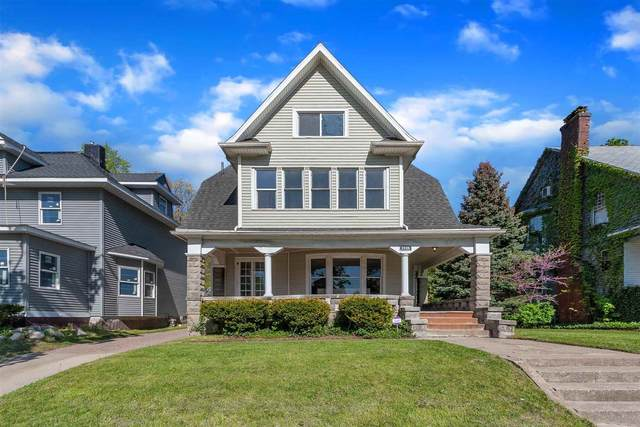 1026 N Michigan Street, South Bend, IN 46617 (MLS #202117544) :: The ORR Home Selling Team