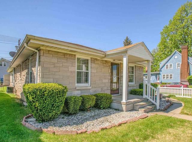 1125 E Mishawaka Avenue, Mishawaka, IN 46544 (MLS #202117547) :: The ORR Home Selling Team