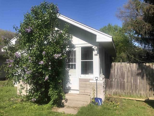 318 S Chestnut Street, Osceola, IN 46561 (MLS #202117619) :: The ORR Home Selling Team