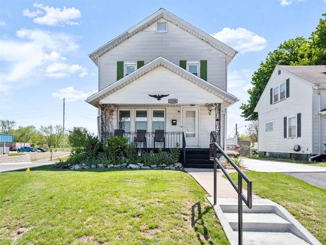 2230 Cass Street, Fort Wayne, IN 46808 (MLS #202117651) :: TEAM Tamara