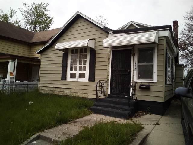 1348 Wabash Avenue, Fort Wayne, IN 46803 (MLS #202117752) :: TEAM Tamara