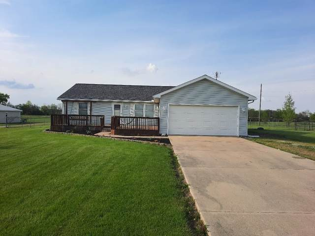 9450 E County Road 450 S, Selma, IN 47383 (MLS #202118075) :: The ORR Home Selling Team