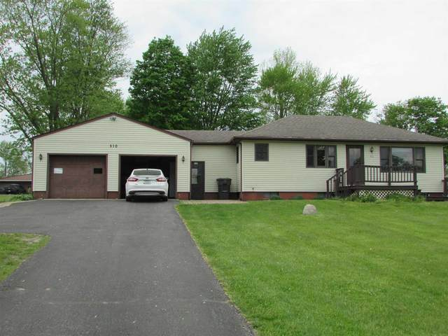 510 S Mary Lafern Street, North Webster, IN 46555 (MLS #202118078) :: Parker Team