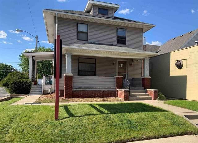 1121 E State Boulevard, Fort Wayne, IN 46805 (MLS #202118927) :: Parker Team