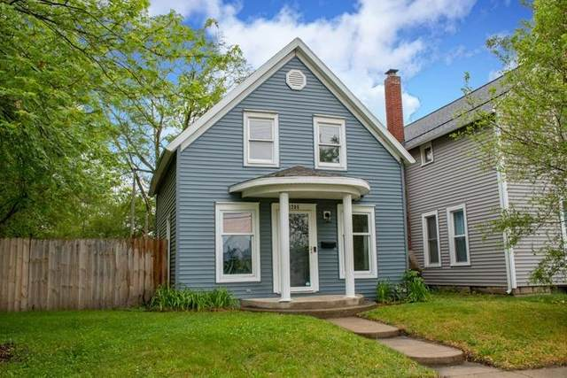 1205 S 29th Street, South Bend, IN 46615 (MLS #202119496) :: Parker Team