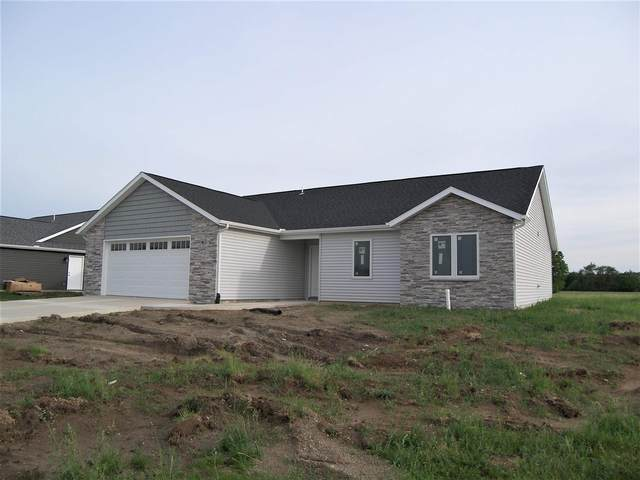 7882 E Goodison Road, North Webster, IN 46555 (MLS #202119589) :: RE/MAX Legacy