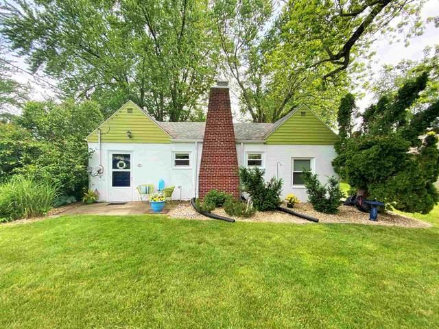 5974 E Pierce Road, Monticello, IN 47960 (MLS #202120613) :: The Romanski Group - Keller Williams Realty