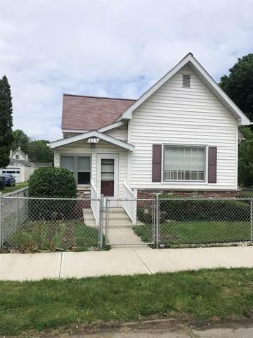 413 N Adams Street, Marion, IN 46952 (MLS #202120763) :: Parker Team