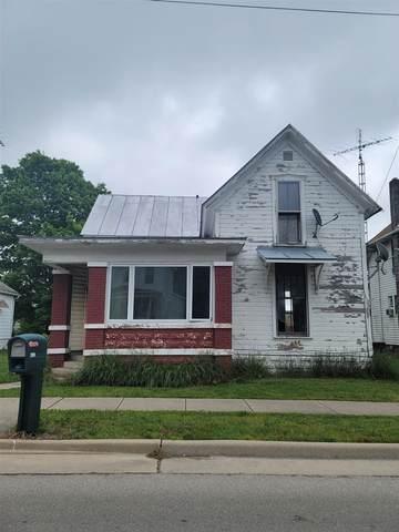 205 S Main Street, Farmland, IN 47340 (MLS #202121014) :: The ORR Home Selling Team