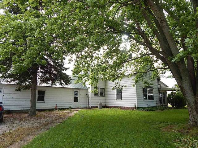 1597 W 200 North, Hartford City, IN 47348 (MLS #202121044) :: The ORR Home Selling Team