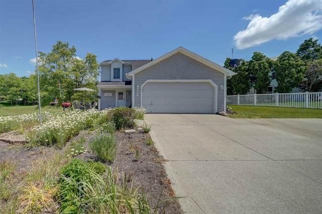 616 Granada Drive, Kendallville, IN 46755 (MLS #202121151) :: Parker Team