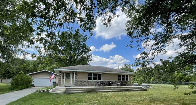 4415 E Orchard Drive, Knox, IN 46534 (MLS #202121352) :: Anthony REALTORS