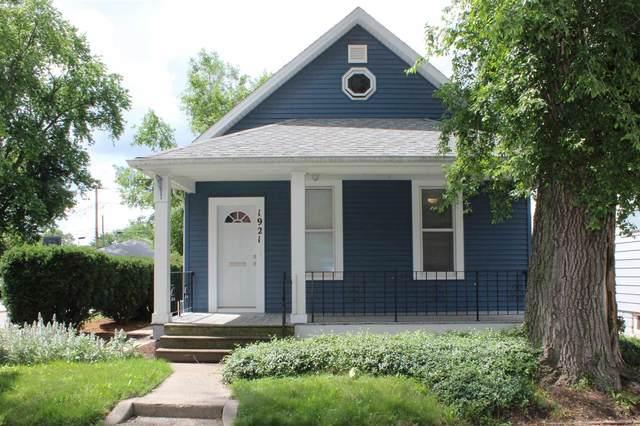 1921 Taylor Street, Fort Wayne, IN 46802 (MLS #202121848) :: Parker Team