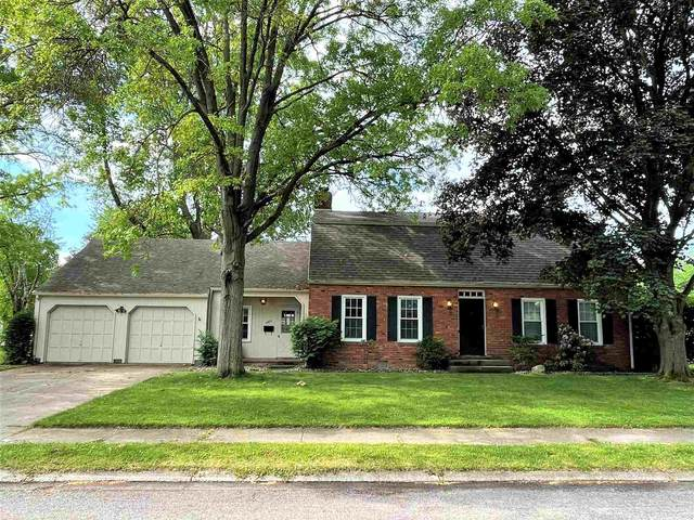 2022 Scottswood Circle, South Bend, IN 46617 (MLS #202121957) :: Parker Team