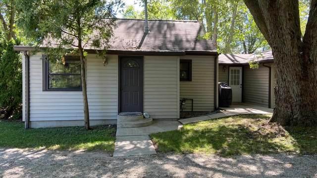 17973 County Road 22, Goshen, IN 46528 (MLS #202122076) :: Parker Team
