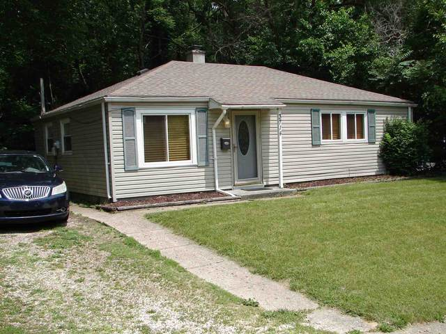 3714 Woldhaven Drive, South Bend, IN 46614 (MLS #202122514) :: JM Realty Associates, Inc.