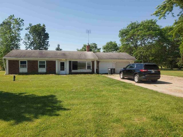 210 E Airport Road, Kendallville, IN 46755 (MLS #202122610) :: Aimee Ness Realty Group