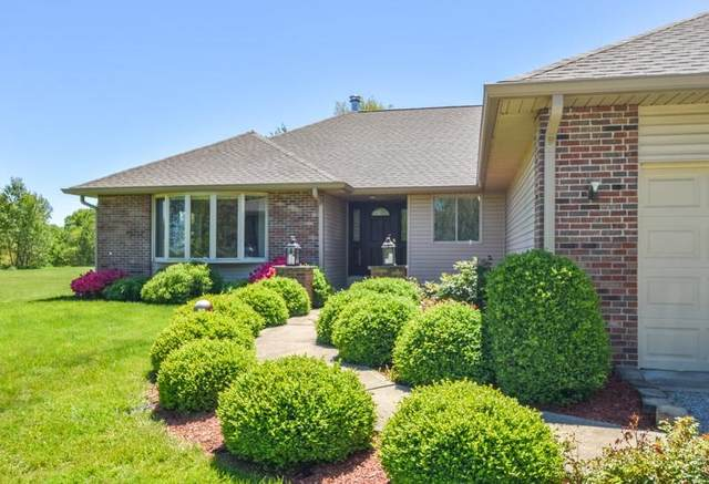 8284 E State Road 58, Bloomfield, IN 47424 (MLS #202122853) :: Aimee Ness Realty Group