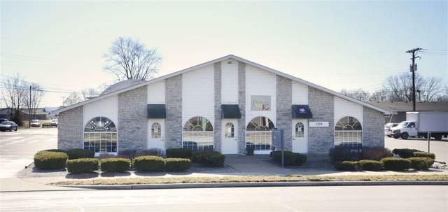 1375 E Morgan Street Street, Martinsville, IN 46151 (MLS #202122861) :: The ORR Home Selling Team