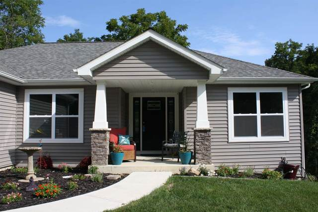 3808 Huth Drive, Fort Wayne, IN 46804 (MLS #202122976) :: TEAM Tamara