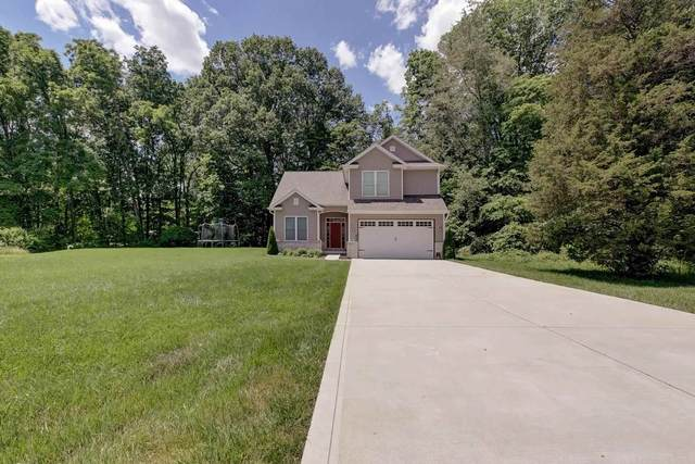 2060 S Rembrandt Cove, Martinsville, IN 46151 (MLS #202123011) :: The ORR Home Selling Team