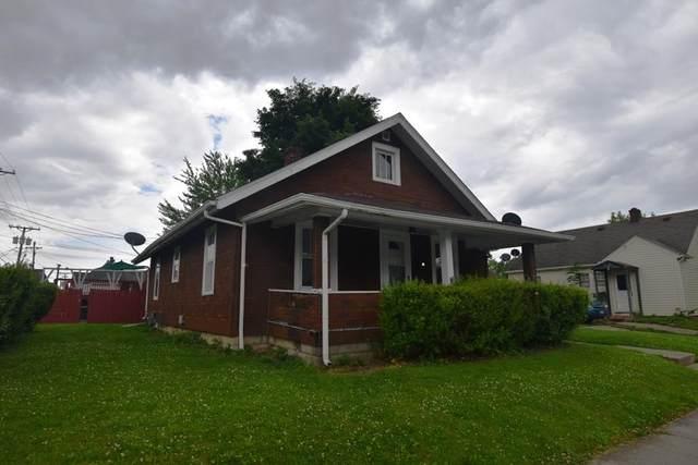 51 W Jefferson Street, Frankfort, IN 46041 (MLS #202123025) :: The Carole King Team