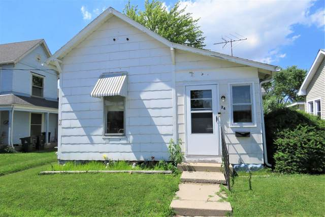 24 E Brown Street, Knightstown, IN 46148 (MLS #202123094) :: The ORR Home Selling Team