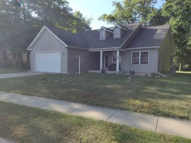 55717 Woodmont Ridge Drive, New Carlisle, IN 46552 (MLS #202123173) :: The ORR Home Selling Team