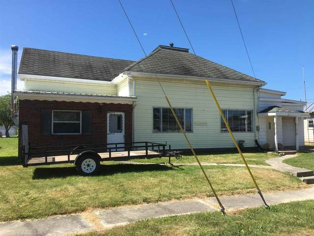 121 E 6th Street, Portland, IN 47371 (MLS #202123409) :: Aimee Ness Realty Group